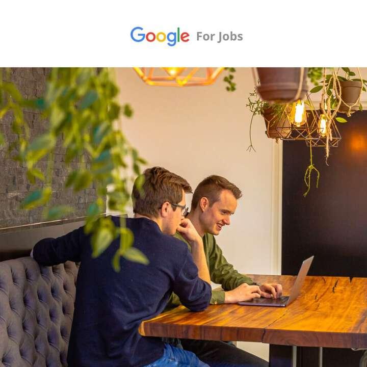 Het is zover, Google Jobs is nu ook officiel live in Nederland! Belangrijk om hier aanwezig te zijn als je actief op zoek bent naar personeel 👨💼👨🏽🎓. Het is namelijk vaak het eerste resultaat wat je te zien krijgt, bovenaan de zoekmachine. Door gebruik te maken van slimme gestructureerde data in je eigen website kun je ervoor zorgen dat je vacatures meteen zichtbaar zijn in Google Jobs. Benieuwd wat je hier allemaal mee kan? We helpen je graag verder! #Googlejobs #zichtbaarheid #zoekmachine #structureddata